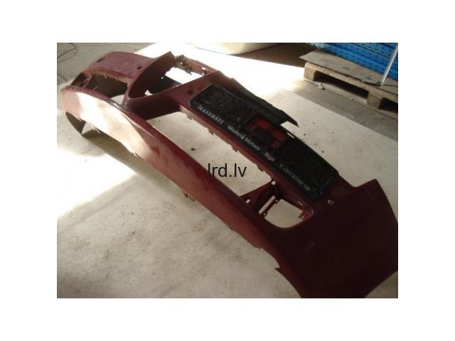 Alfa Romeo 159 priekšējais bamperis