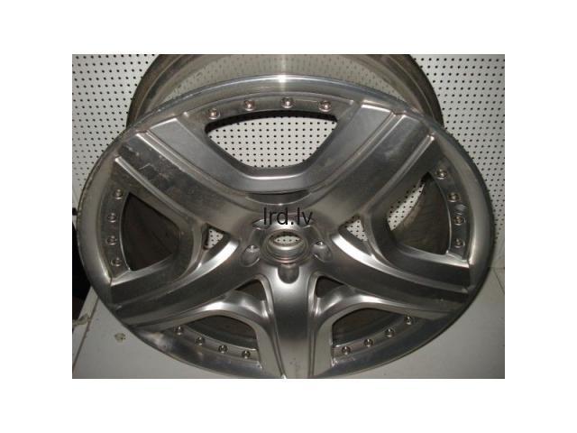 Bentley Continental Gt riteņa disks R21                              181.0 Euro €
