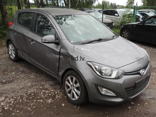 Hyundai i20 Lietotas auto rezerves daļas MK1 used car spare parts Facelift