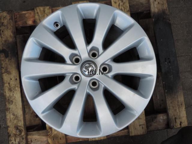 Opel Zafira C Astra J vieglmetāla disks 5x115 7j r17 is44 13276347 1002539