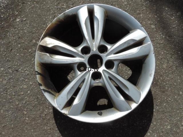 Hyundai ix35 Vieglmetāla Disks 6.5j r17 et48 5x114.3 952910-2S200 529102S210 9529102S200 52910-2S210