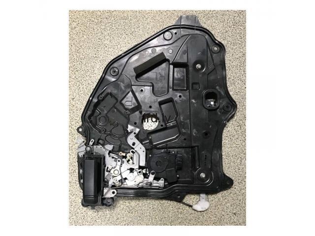 Mazda 5 logu pacelšanas mehānisms ar atvēršanas meh. lietots aizm. kr. C2357397x