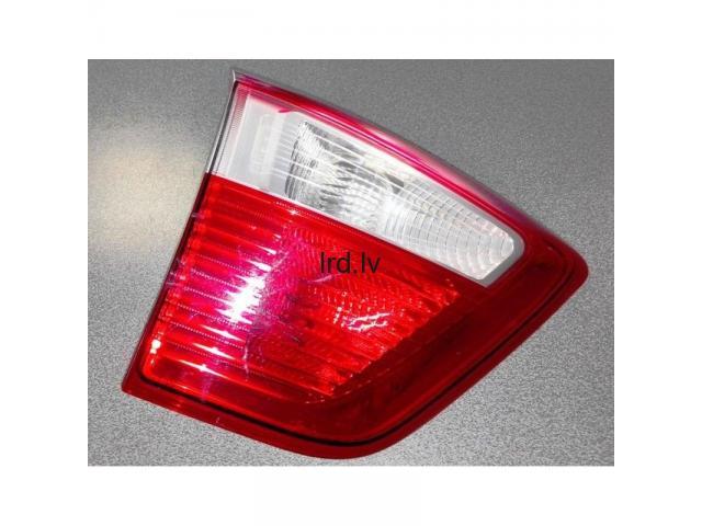 FORD C-MAX II 10- aizmugures lukturi uz vāka L, AM5113A603BE, 89502669, 1767544