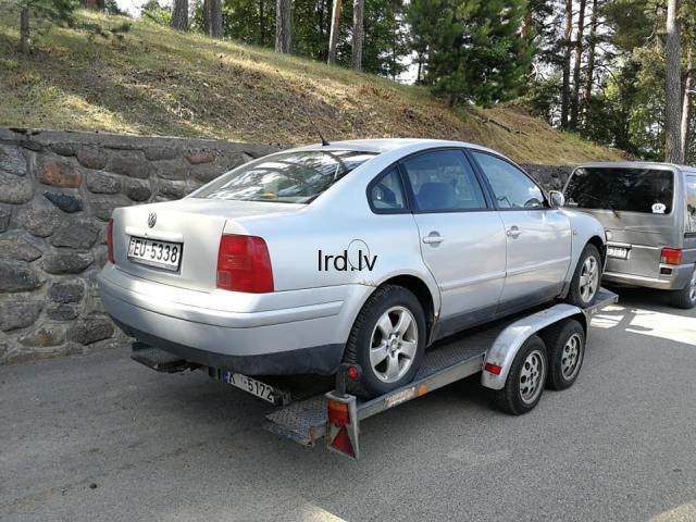 Pārdodu rezerves daļas no VW Passat B5 2.8 4motion