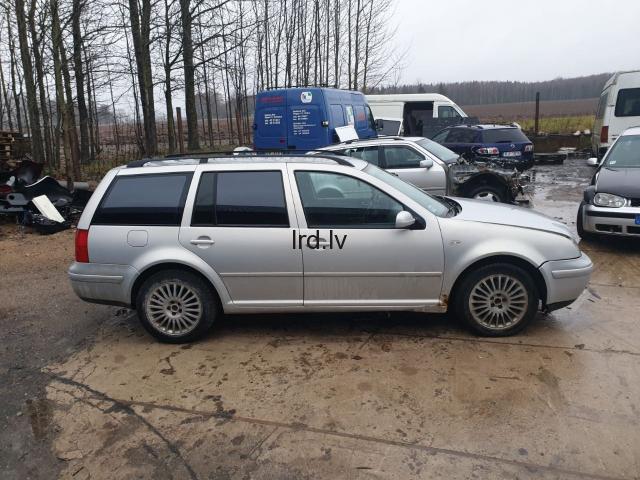 Pārdod VW Golf detaļas