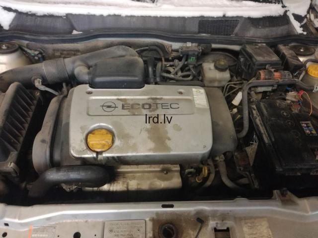 Astra G 1.6 16V 2000G                              5.0 Euro €
