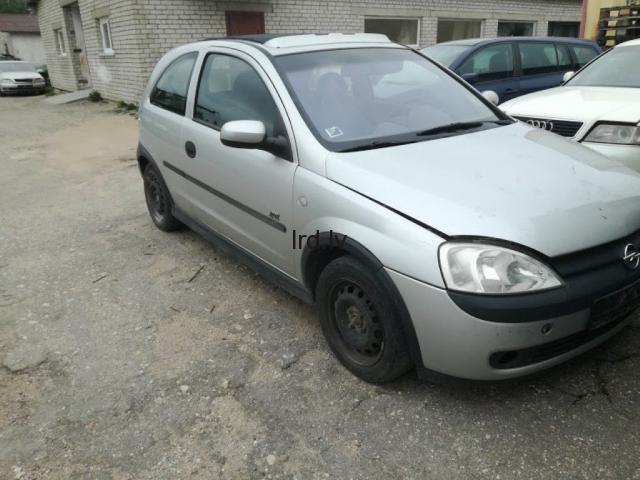 Opel Corsa C 1.2 16v 2003g