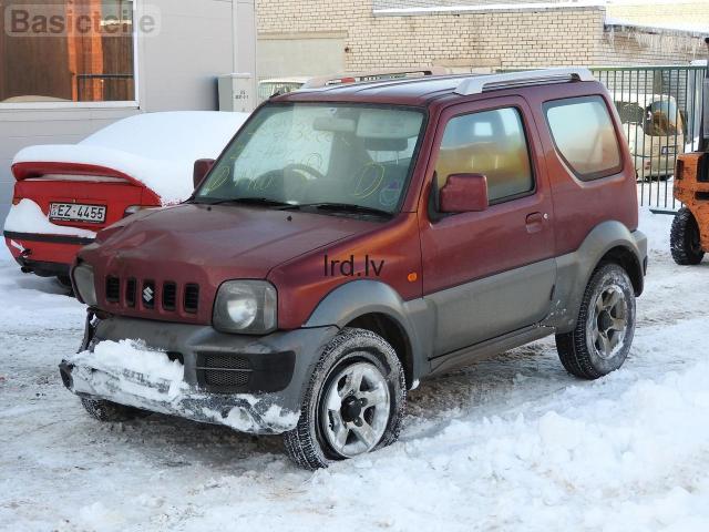 Lietotas auto rezerves daļas no Suzuki Jimny  1.3i