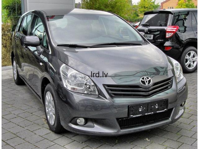 Toyota Verso  1.8i benzīns, mehāniskā ātrumkārba