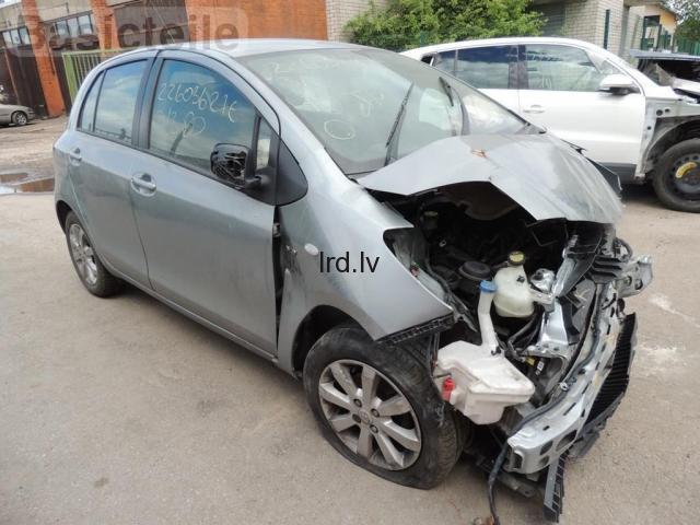 Lietotas auto rezerves daļas no Toyota Yaris II